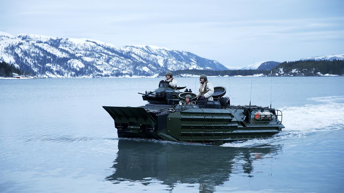 Amerikanske US Marines øver på landingsoperasjoner under øvelse Cold Response i 2016. Foto: Torbjørn Kjosvold / Forsvaret