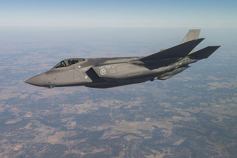 Testflygning av Norges første F-35. Foto: Kaszynzki, Lockheed Martin / Wikimedia Commons