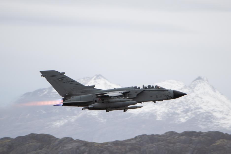 Et italiensk Tornado-fly over Bodø lufthavn under Trident Juncture 2018. (Foto: Hanne Hernes / Forsvaret)