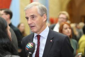 Jonas Gahr Støre i Stortingets vandrehall i 2018. Foto: Bernt Sønvisen / Arbeiderpartiet Flickr