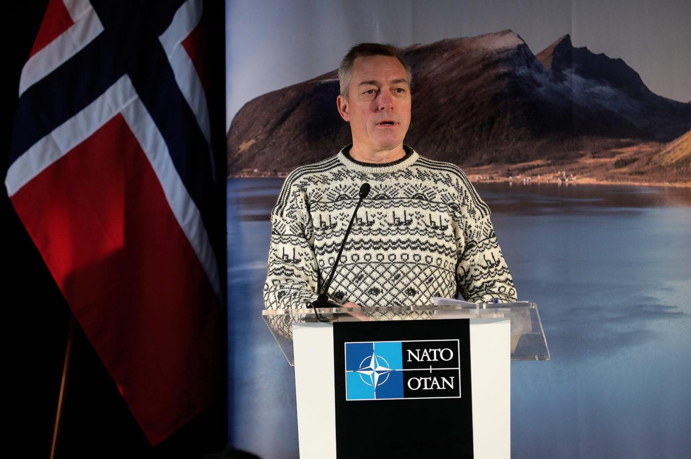 ForsvarsministerFrank Bakke-Jensen på øvelse Trident Juncture 2018 i Norge. Foto: Torbjørn Kjosvold / Forsvaret