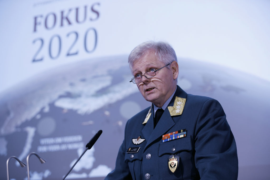 Sjef Etterretningstjenesten Generalløytnant Morten Haga Lunde under fremleggelsen av Fokus 2020 i februar. Foto: Torbjørn Kjosvold/Forsvaret