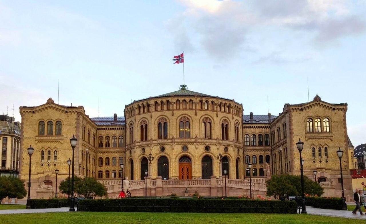 Stortinget. Foto: Andreas Haldorsen / Wikipedia