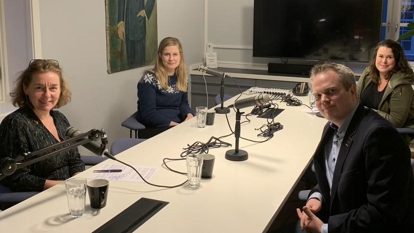 Mette Vågnes Eriksen, Kristin Haugevik, Hedda Langemyr og Håkon Lunde Saxi. Foto: Polyteknisk Forening.